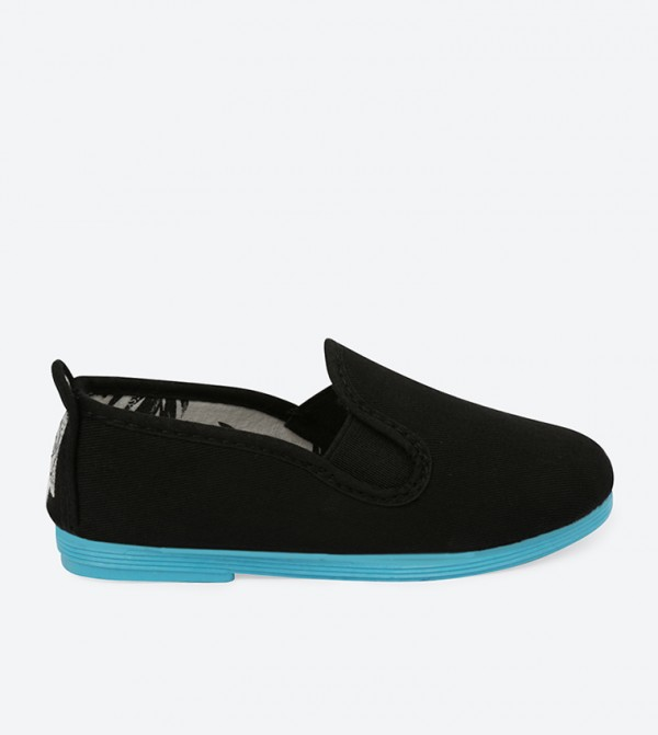 LUNA-BLACK-BLUE-SOLE