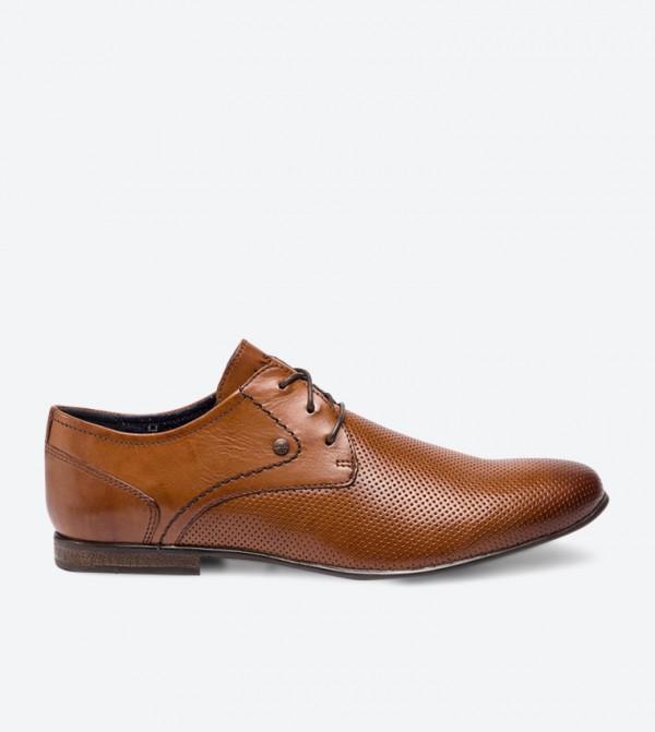 حذاء رسمي بلون بني