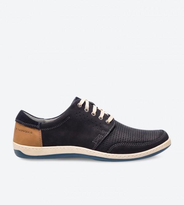 حذاء سنيكرز بلون كحلي