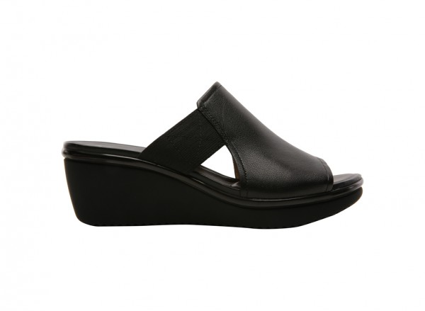 Alira Black Wedge
