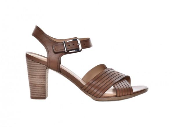 Nadelanie Tan Footwear