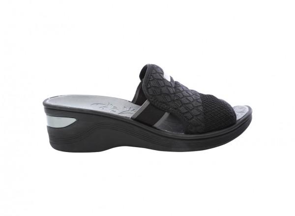 حذاء بلاتفورم أسود