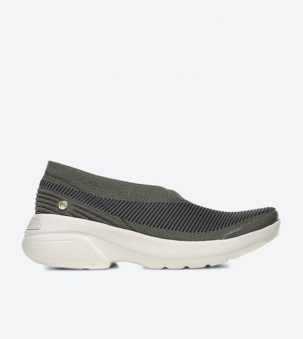 حذاء أوتبيرست بلون رمادي