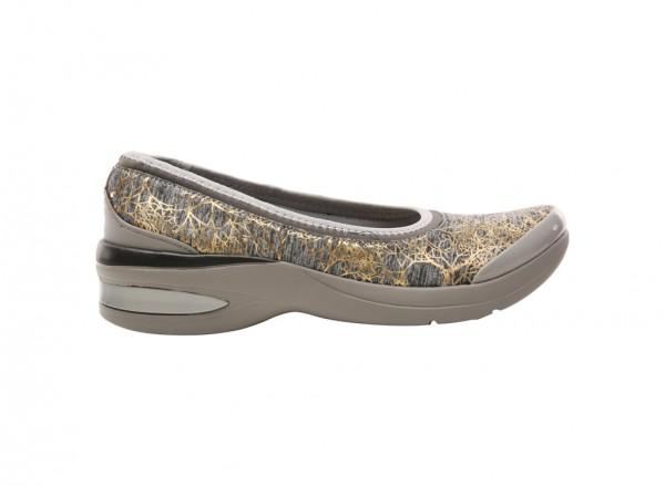 Relax Grey Sneakers & Athletics
