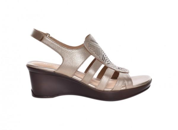 Navaltera Gold Footwear