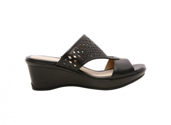 Naviola Black Footwear
