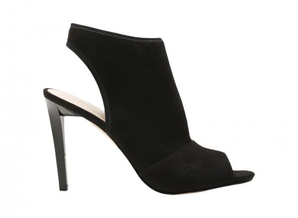 Levona Black Mid Heel