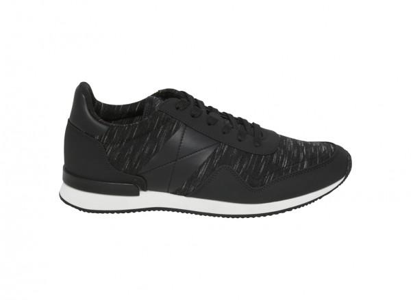Black Sneakers & Athletic