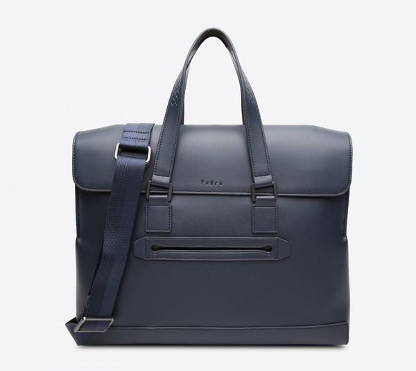 حقيبة لابتوب بلون كحلي