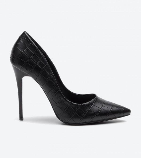 حذاء كعب عالي بلون أسود