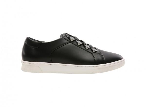 Black Sporty Styles