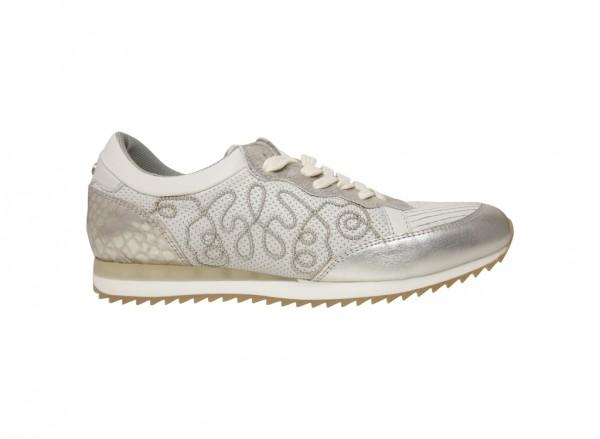 حذاء رياضى فضى