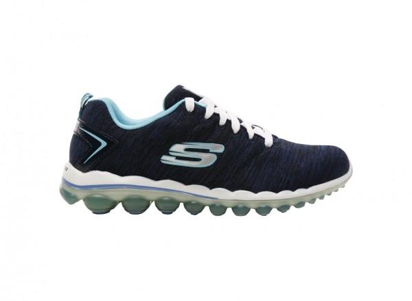 حذاء سويت لايف لون كحلي وأبيض