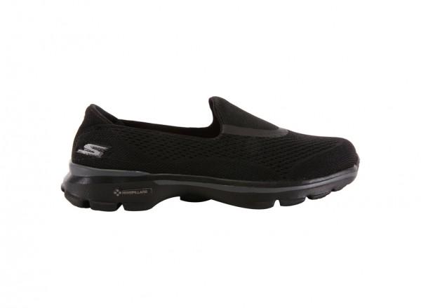 حذاء غو ووك لون أسود