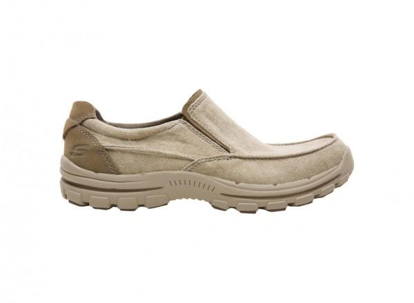 حذاء بريفر لون كاكي