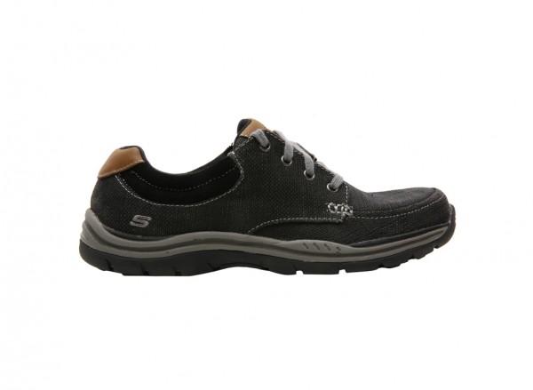 حذاء اكسبيكتيد أورمان لون أسود