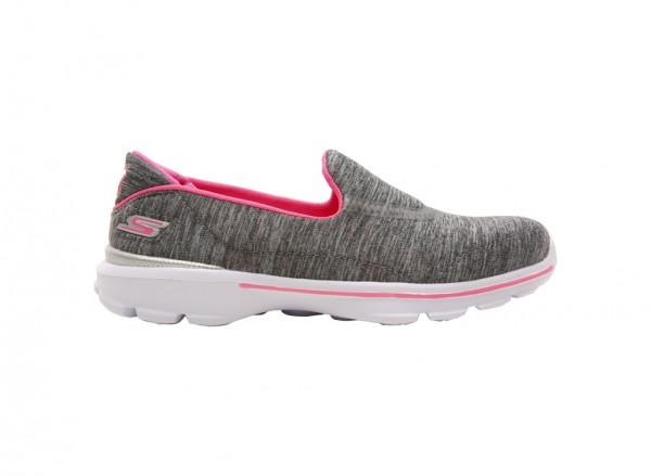 حذاء غو ووك 3 لون رمادي