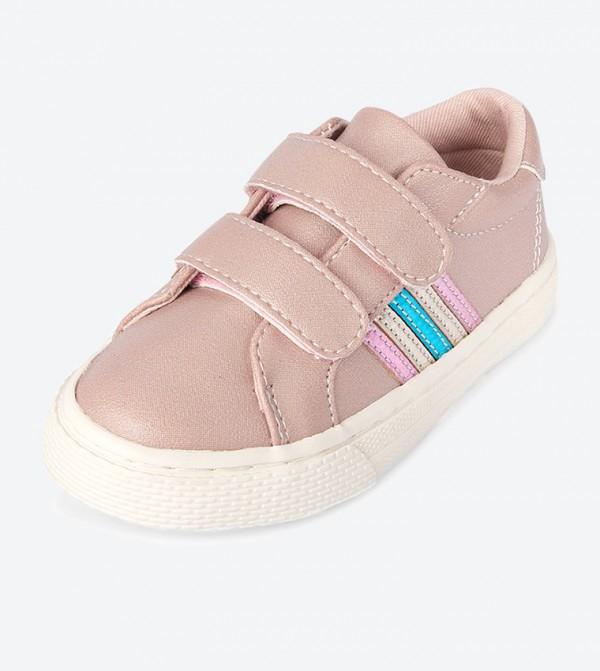 حذاء بأشرطة لاصقة لون زهري