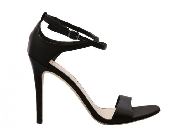 V-Tiara Black Mid Heel