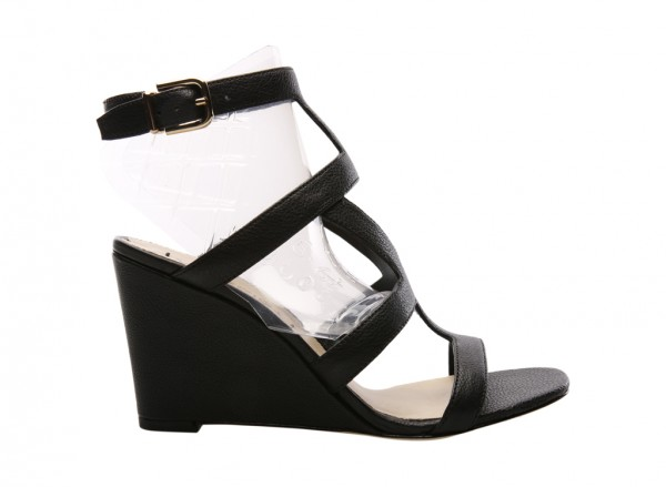 V-Winda Black Wedges