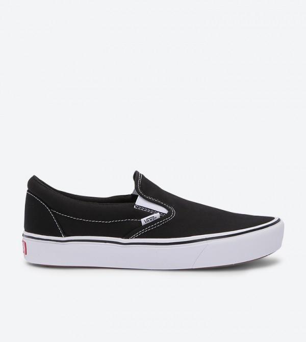 حذاء كومفتيكش سهل الإرتداء بلون أسود