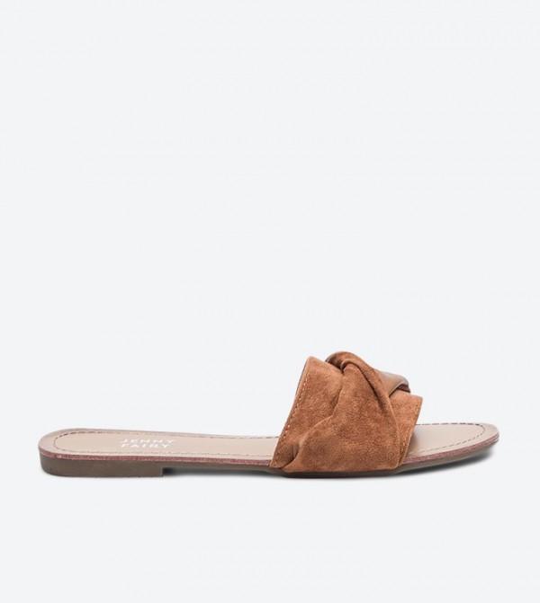 Wrap Details Strap Round Toe Slides - Camel