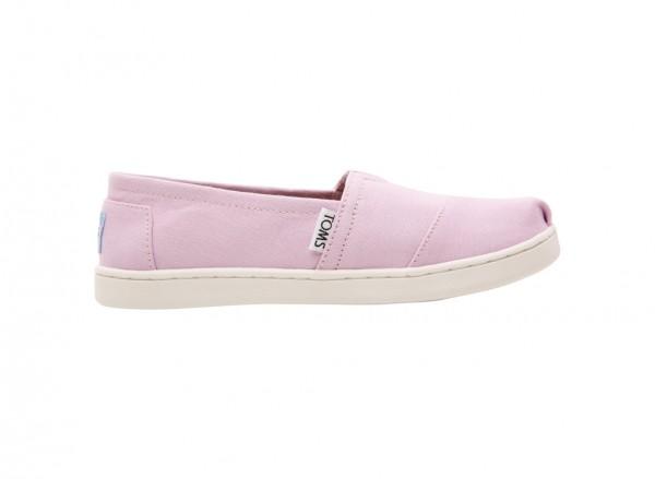 حذاء بلون زهري
