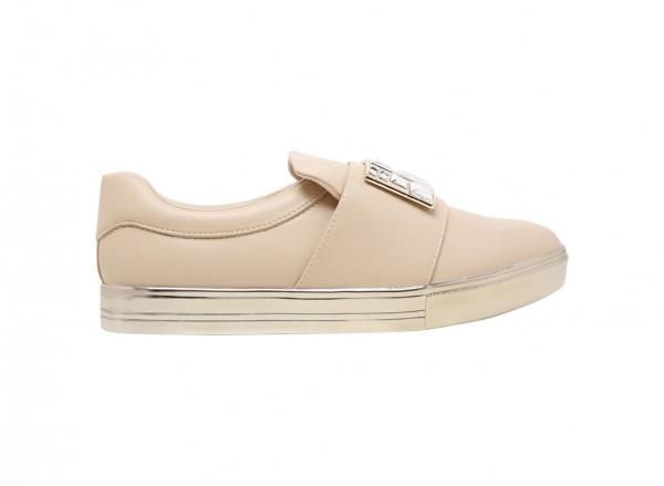 حذاء أوجيما سهل اللبس بيج