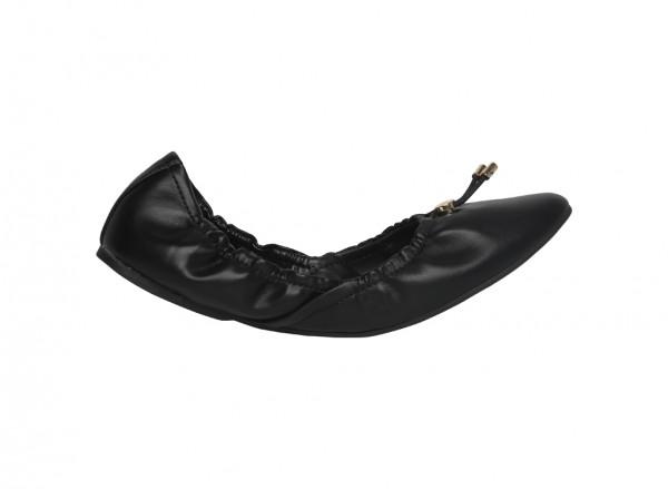 20110501-PIGOVIA-BLACK