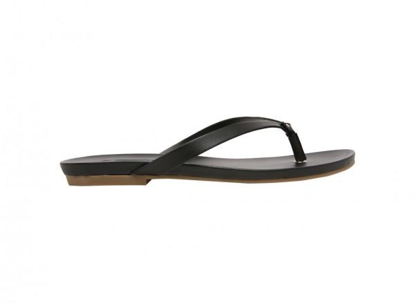 حذاء فلات تريشيا أسود