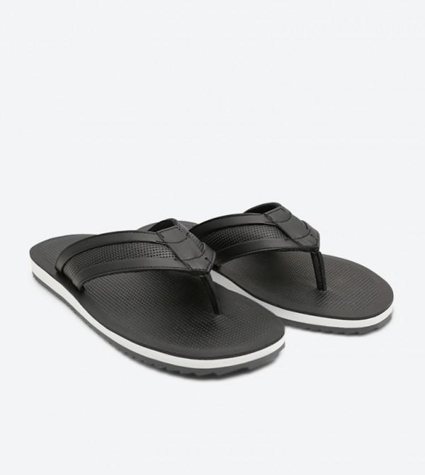 c5761ba6fcfb Clivelin Flip Flops - Black