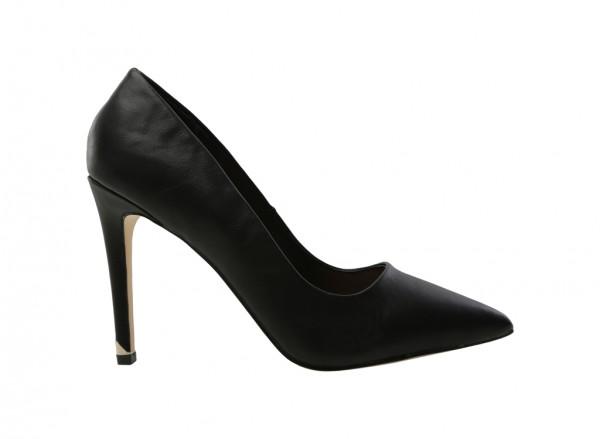 حذاء أسود بكعب عالي - نيوسا