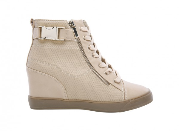 Hickmott Beige  Shoes