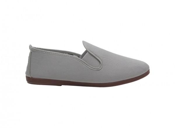 حذاء رياضى رمادى