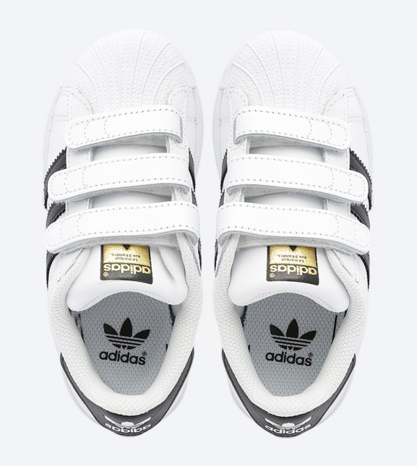 reputable site 025d1 d0e90 Superstar Foundation CF C Sneakers - White B26070