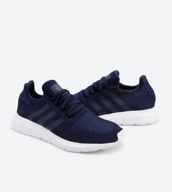da451f753fae8 Lace Up Closure Swift Run Shoes - NavyB37727