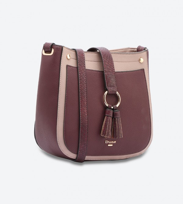 72e9072b6 حقيبة بحمالة كتف طويلة لون أحمر