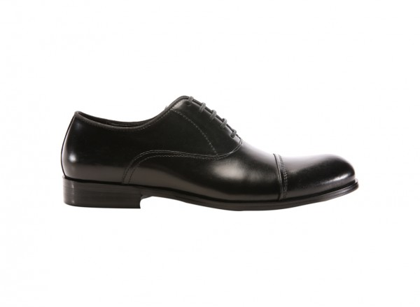 Country Club Black Footwear