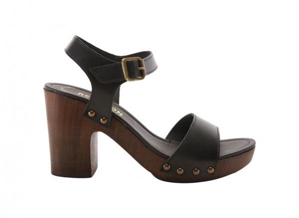 Log Set Black Footwear