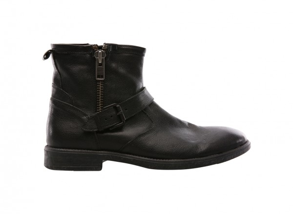 Wound Up Black Boots