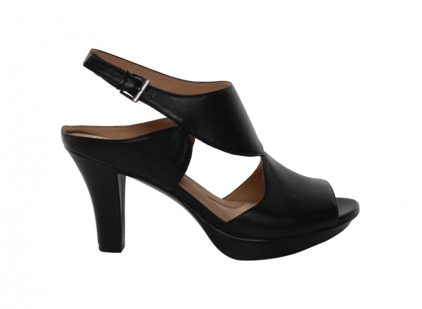 Dapper Black High Heel