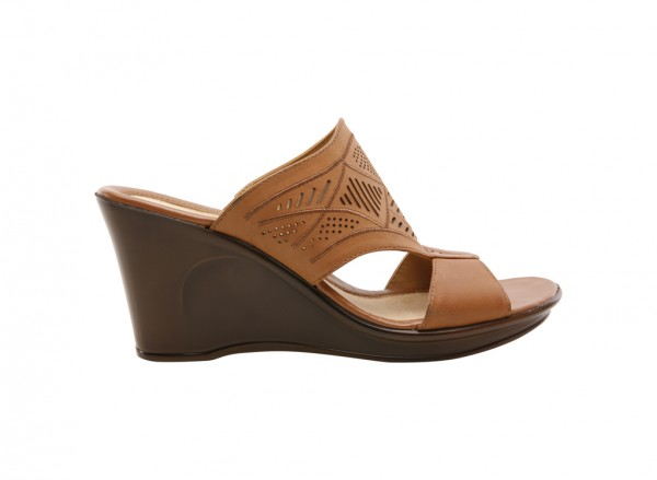 Naoshea Tan Footwear