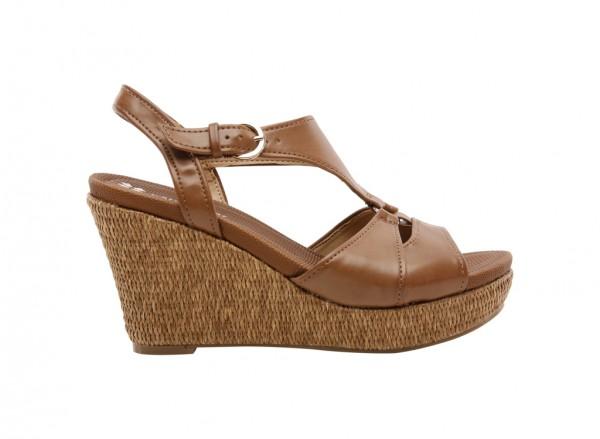 Narumi Tan Footwear