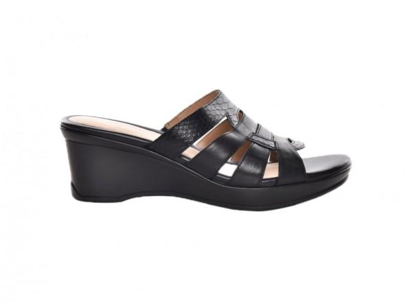 Navalora Black Footwear