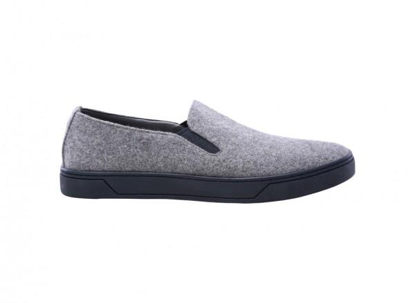 حذاء سهل اللبس رمادى