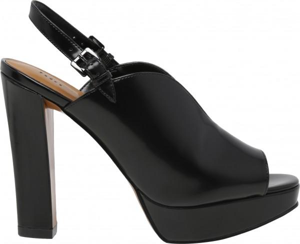 حذاء عالي الكعب أسود