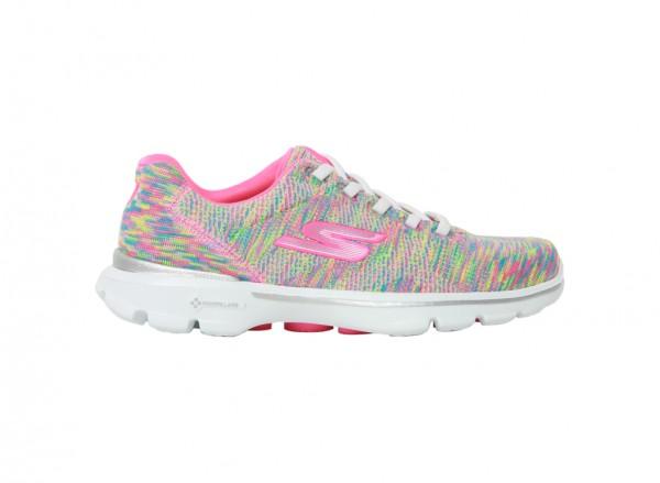 حذاء غو ووك 3 رياضي متعدد الألوان