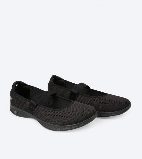 5edea524f حذاء غو ستيب أسود.