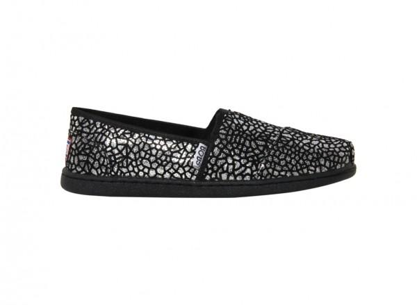 حذاء بوبس لون أسود وفضي