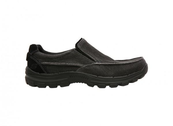 حذاء بريفر لون أسود